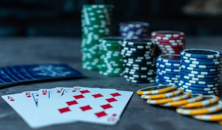 Play Best Casino Games on Your Android and Connect With Agents